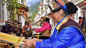 Ethnic culture thrives in Aba Tibetan prefecture