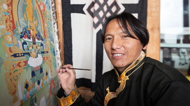Learning Thangkas to Preserve the Tibetan Cultural Heritage
