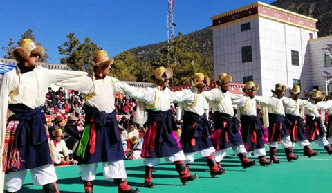 Cultural show held to mark Tibetan new year in Shangri-La