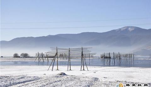 First heavy snow hits Shangri-La
