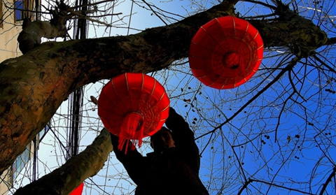 In pics: Huize old town set to usher in Spring Festival